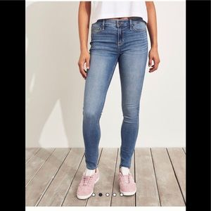 Hollister women's jeans
